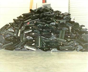 Toner and drums end up in landfill = not sustainable